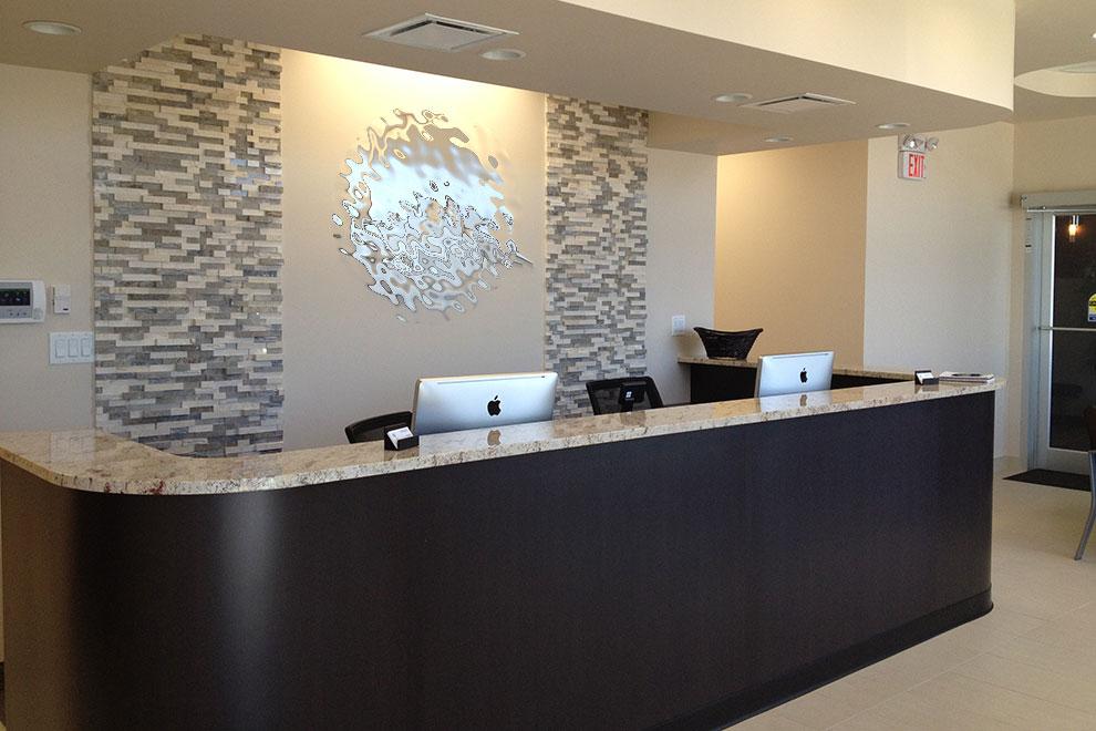 Comptoir de reception pour bureau arama mobilier